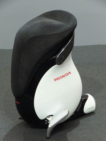 Honda_UNI-CUB_β_at_TMS2013